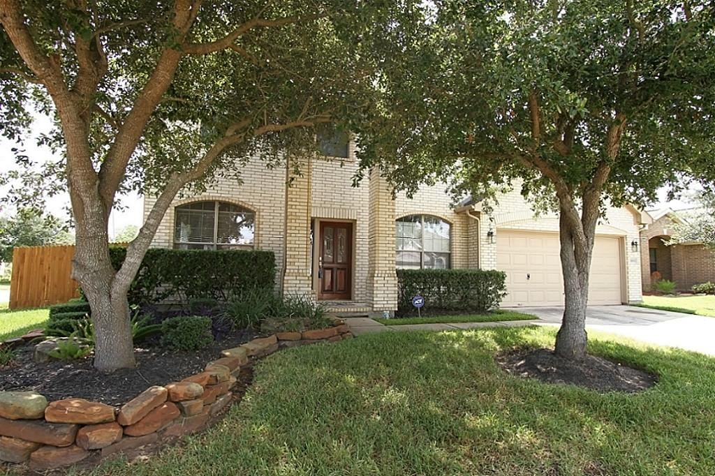 3803 Saxon Hollow Ct, Friendswood, TX 77546