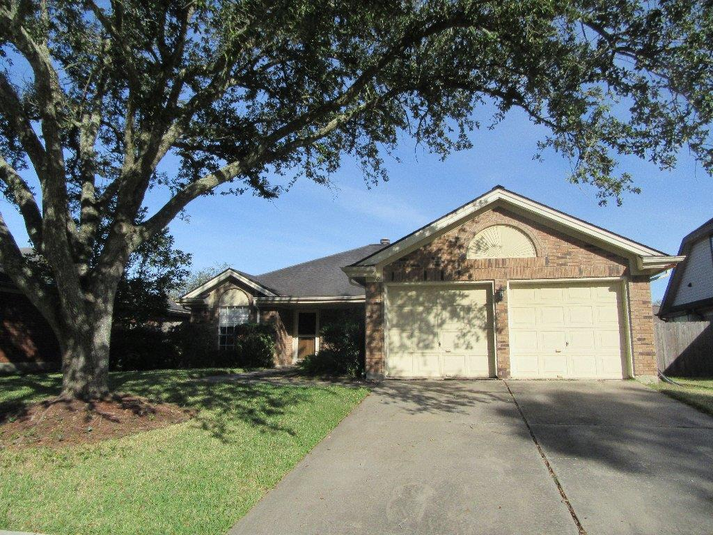Photo of 4431 Duesenberg Drive  Pearland  TX
