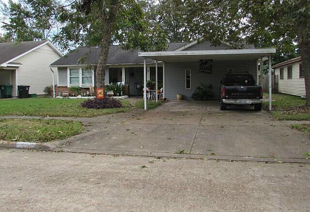 Photo of 10318 Southport Drive  Houston  TX