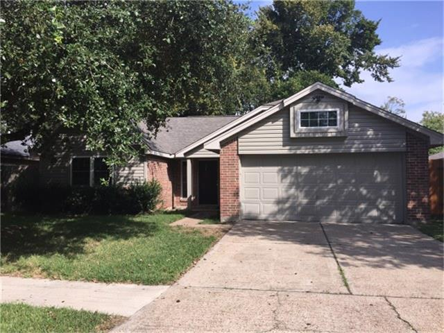 Photo of 2723 S Brompton Drive  Pearland  TX