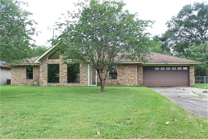 Photo of 2365 Willowglen Drive  Beaumont  TX