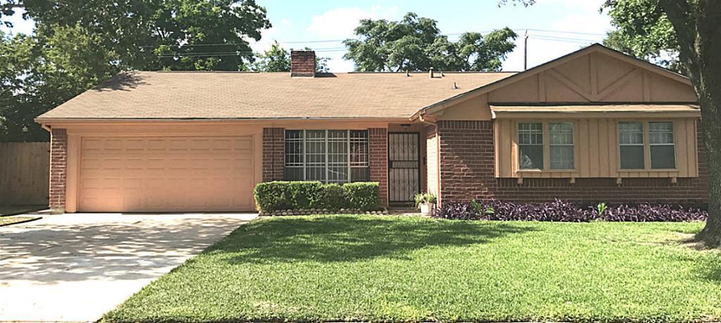 Photo of 9314 Vickijohn Drive  Houston  TX