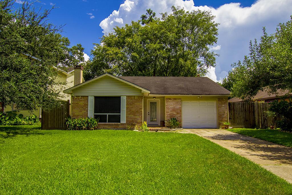 28618 Oakden Ct, Huffman, TX 77336