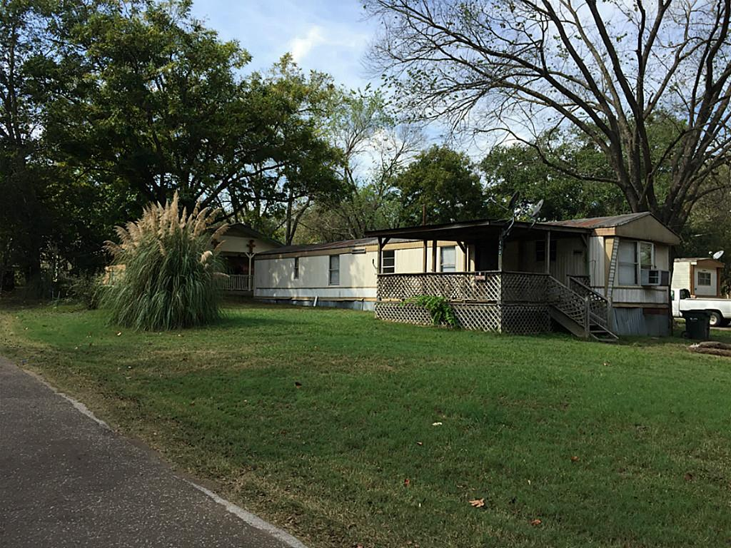 Photo of 450 Legalley Street  Buffalo  TX
