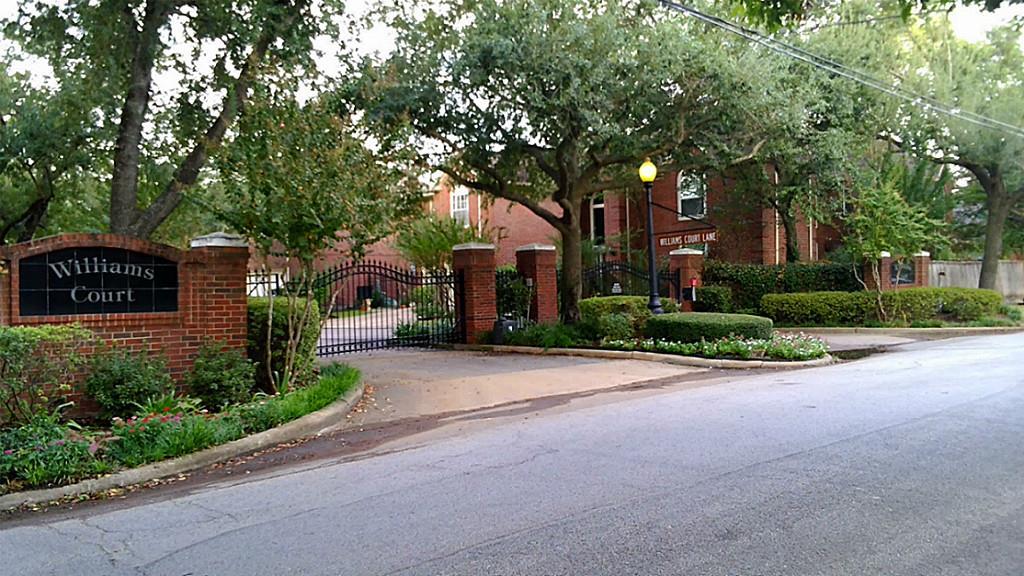 Photo of 4923 Williams Court Lane  Houston  TX