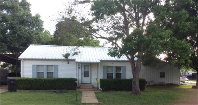 Photo of 741 Hale Street  Lexington  TX