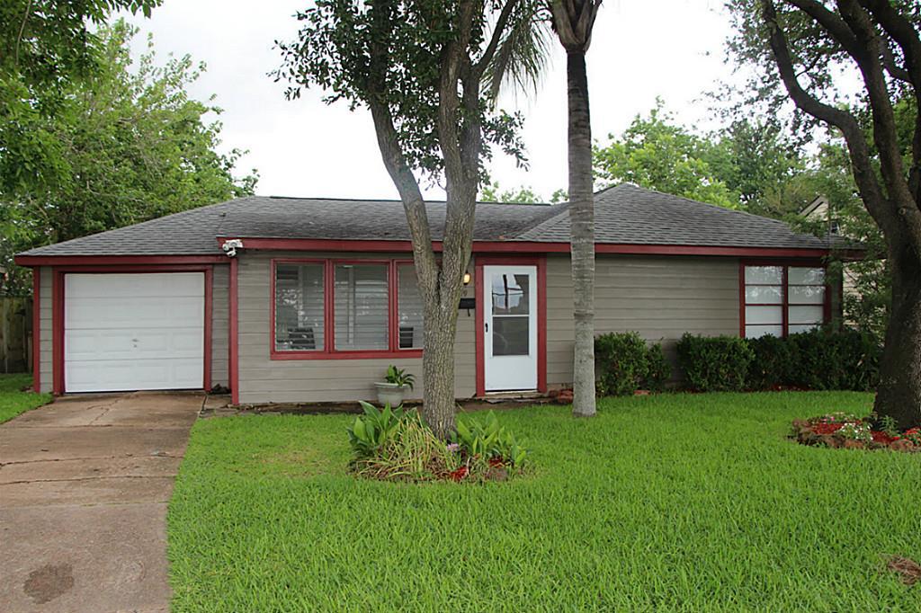 Photo of 409 E 2nd Street  Deer Park  TX