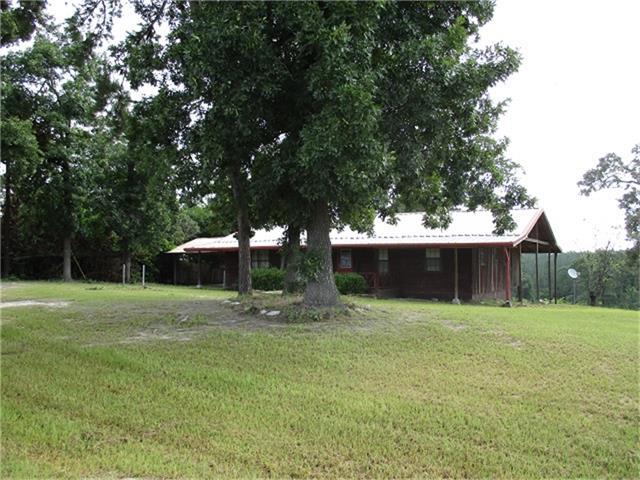 Photo of 422 Farm To Market 1745  Colmesneil  TX