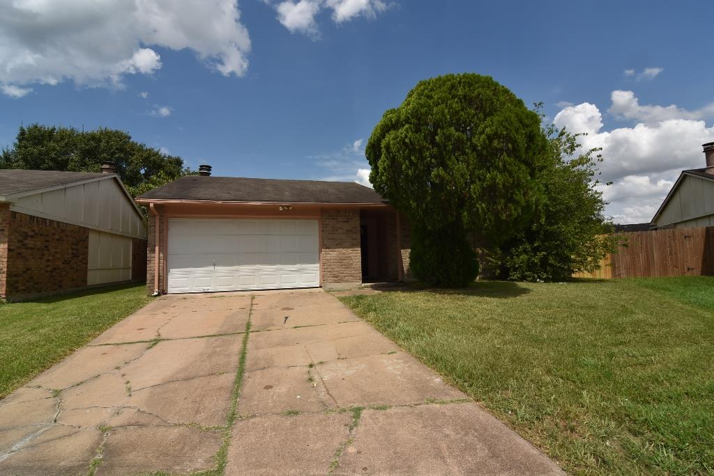 Photo of 5042 Ridgecreek Drive  Houston  TX