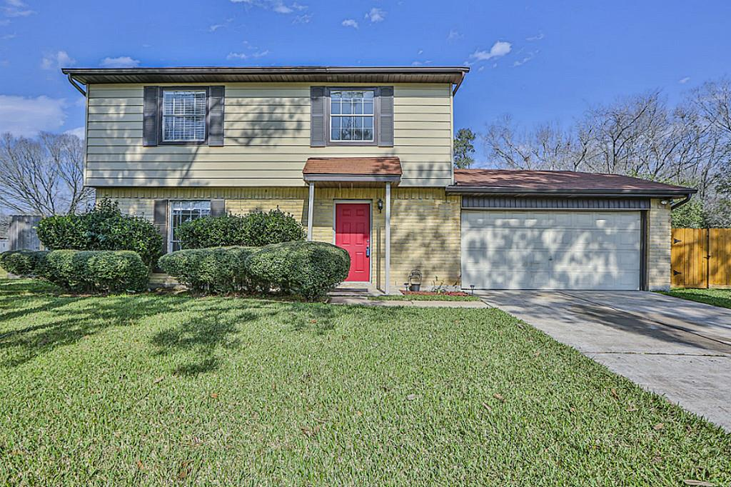 Photo of 313 Leafwood Circle  League City  TX