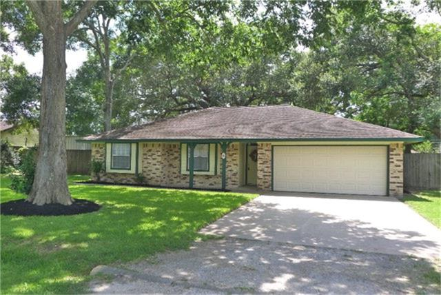 Photo of 6 Red Bird Court  West Columbia  TX
