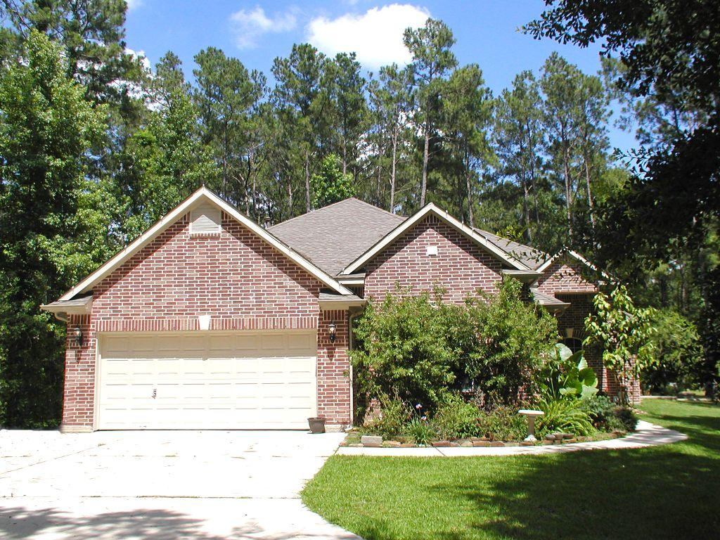 40022 Country Forest Dr, Magnolia, TX 77354