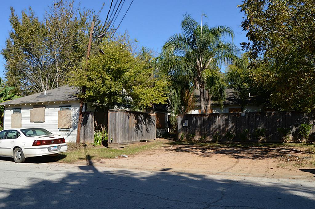 Photo of 3213 Simmons Street  Houston  TX