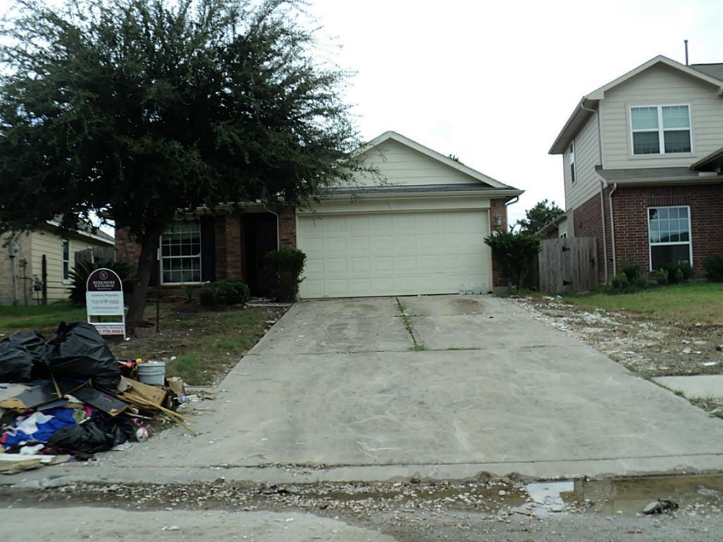 Photo of 22410 Highfield Ridge Lane  Spring  TX