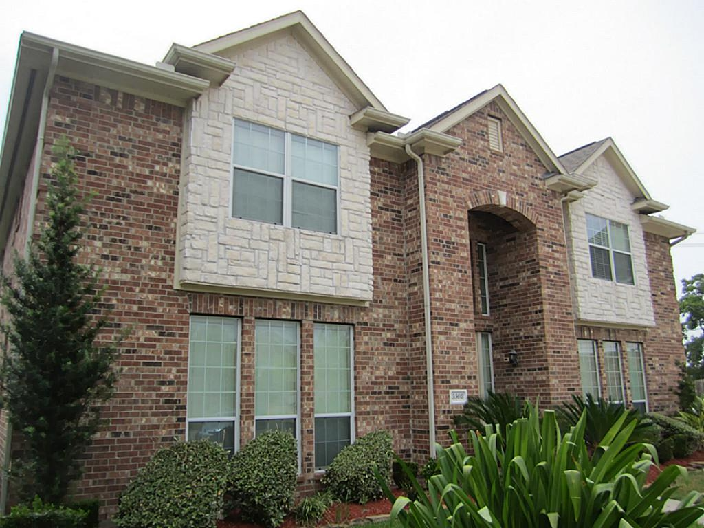 3508 Red Acorn Trl, Pearland, TX 77581