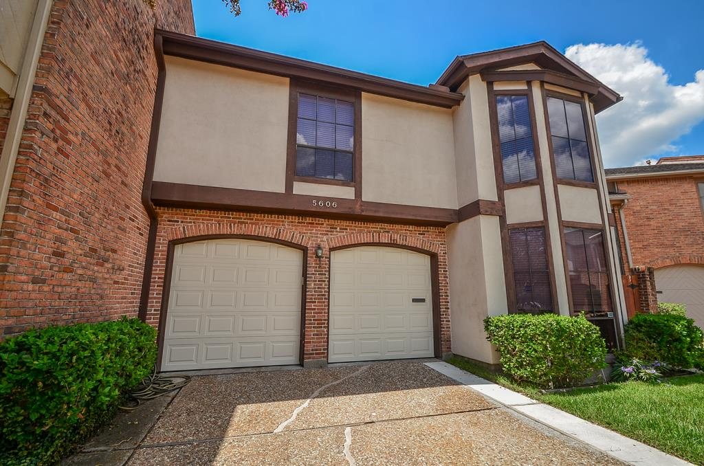 Photo of 5606 Saint Moritz Street  Bellaire  TX