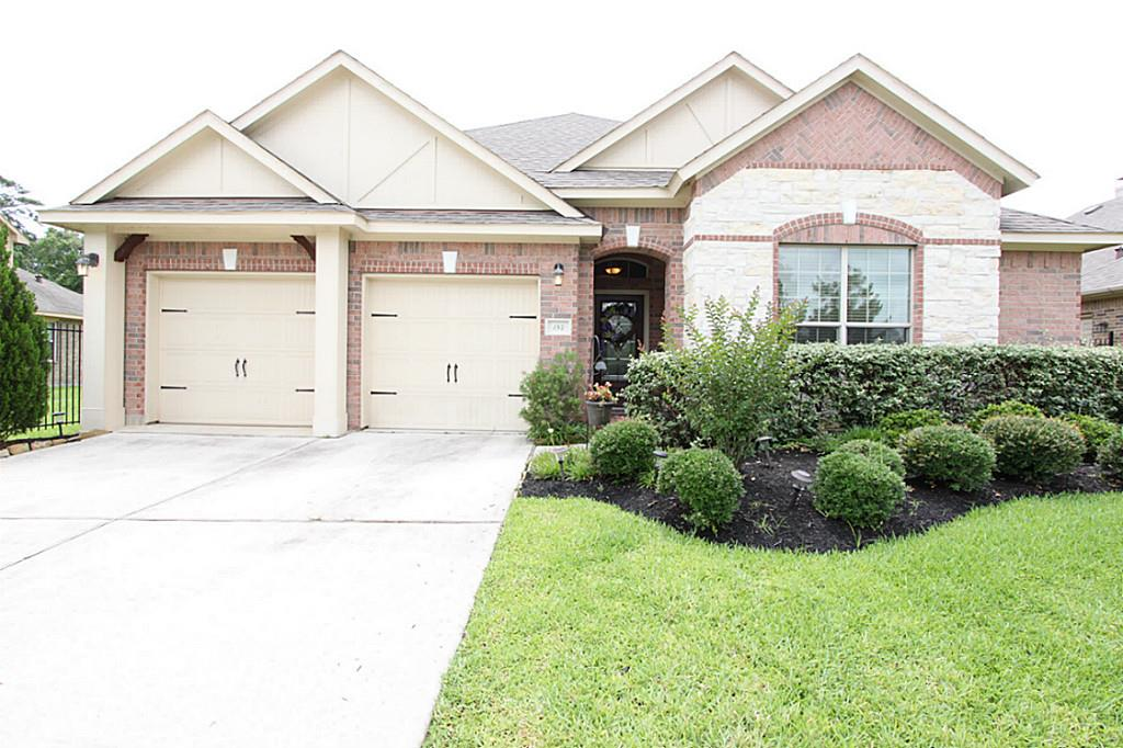 Photo of 184 W Heritage Mill Circle  Tomball  TX