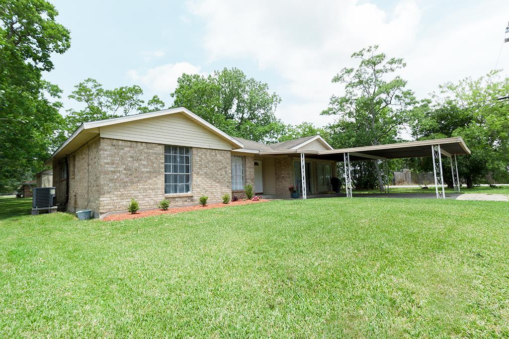 Photo of 4917 32nd Street  Dickinson  TX