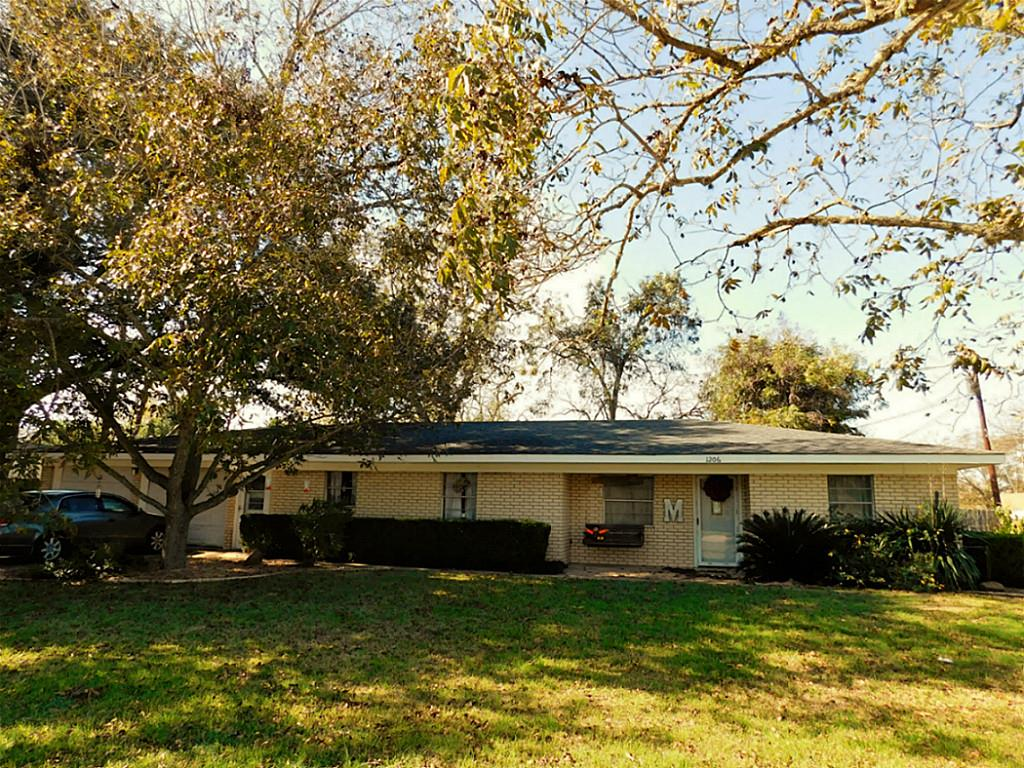 Photo of 1206 Austin  Columbus  TX
