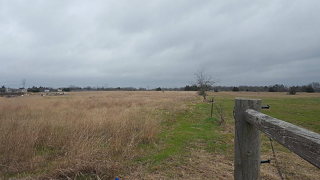 Photo of 15463 Macey Road  Hearne  TX