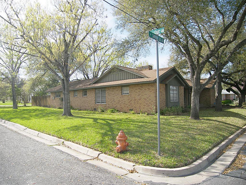 Photo of 501 N Sarah Jo  La Grange  TX