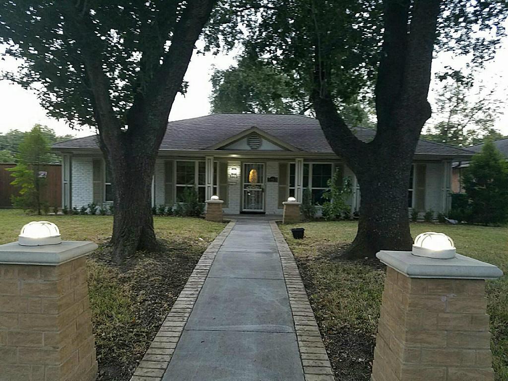 Photo of 5903 Moonmist Drive  Houston  TX