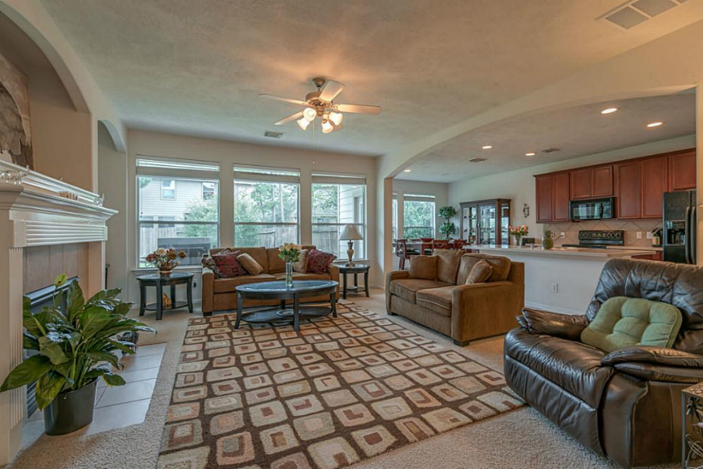 Photo of 31 Aquiline Oaks Place  The Woodlands  TX