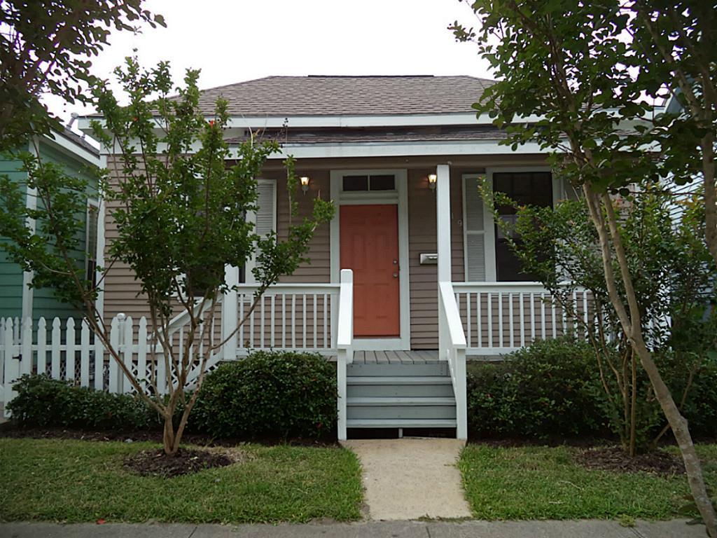 Photo of 3619 Winnie Street  Galveston  TX