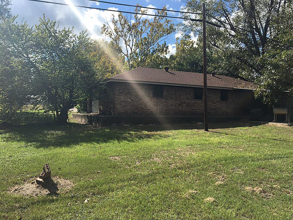 Photo of 1241 N Buffalo Avenue  Buffalo  TX