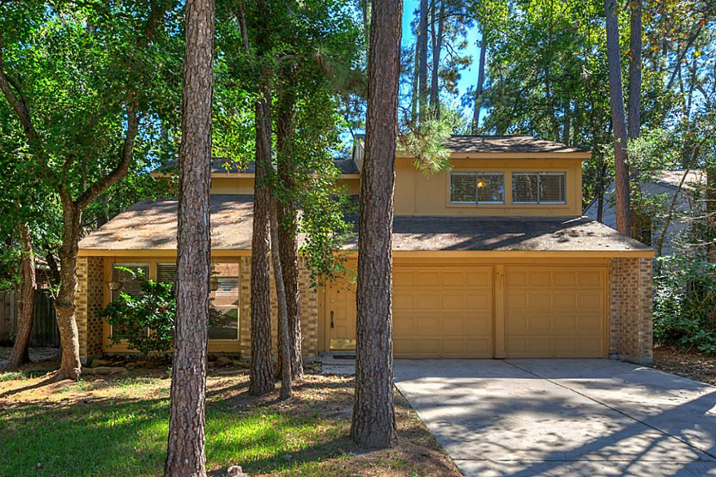 Photo of 11 S Greenbud Court  The Woodlands  TX
