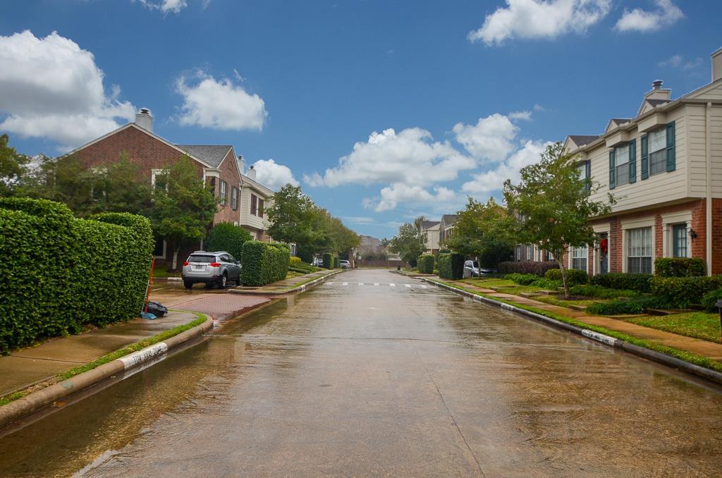 Photo of 2930 Grants Lake  Sugar Land  TX