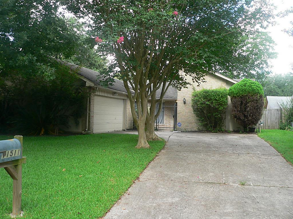 Photo of 11511 Trudeau Drive  Houston  TX
