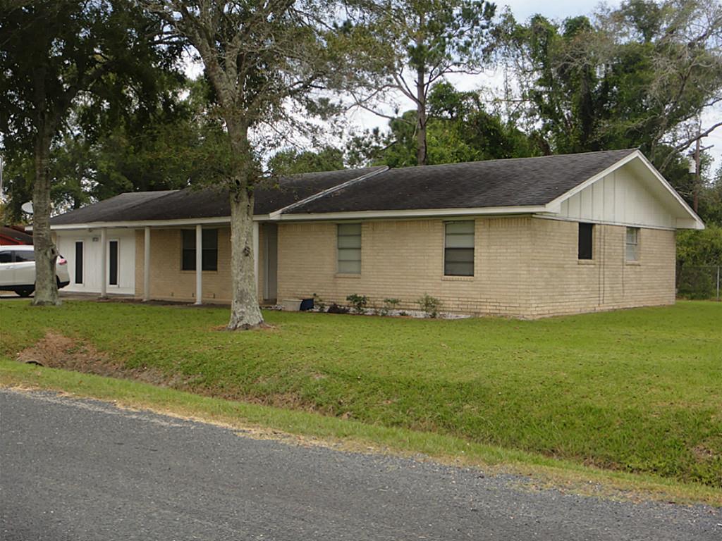 Photo of 5731 Bluebird Way  Beaumont  TX