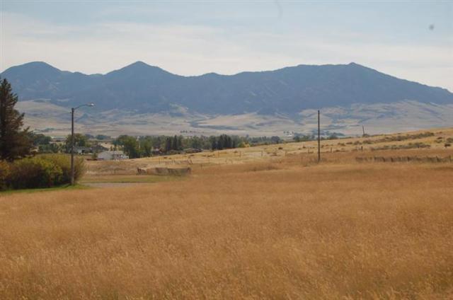 321 3rd St S, Cascade, MT 59421