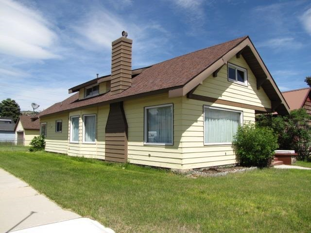 620 W 4th St, Anaconda, MT 59711