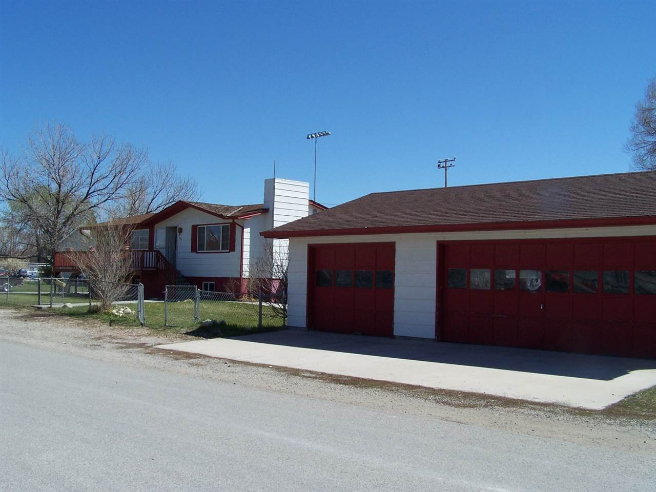 209 4th St, Townsend, MT 59644