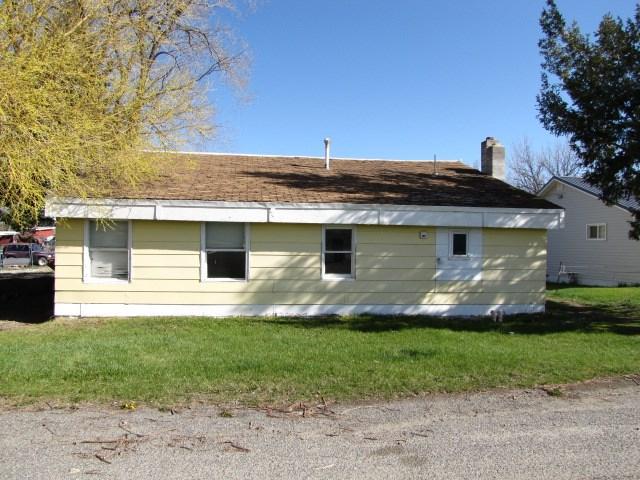 1027 Montana Ave, Deer Lodge, MT 59722