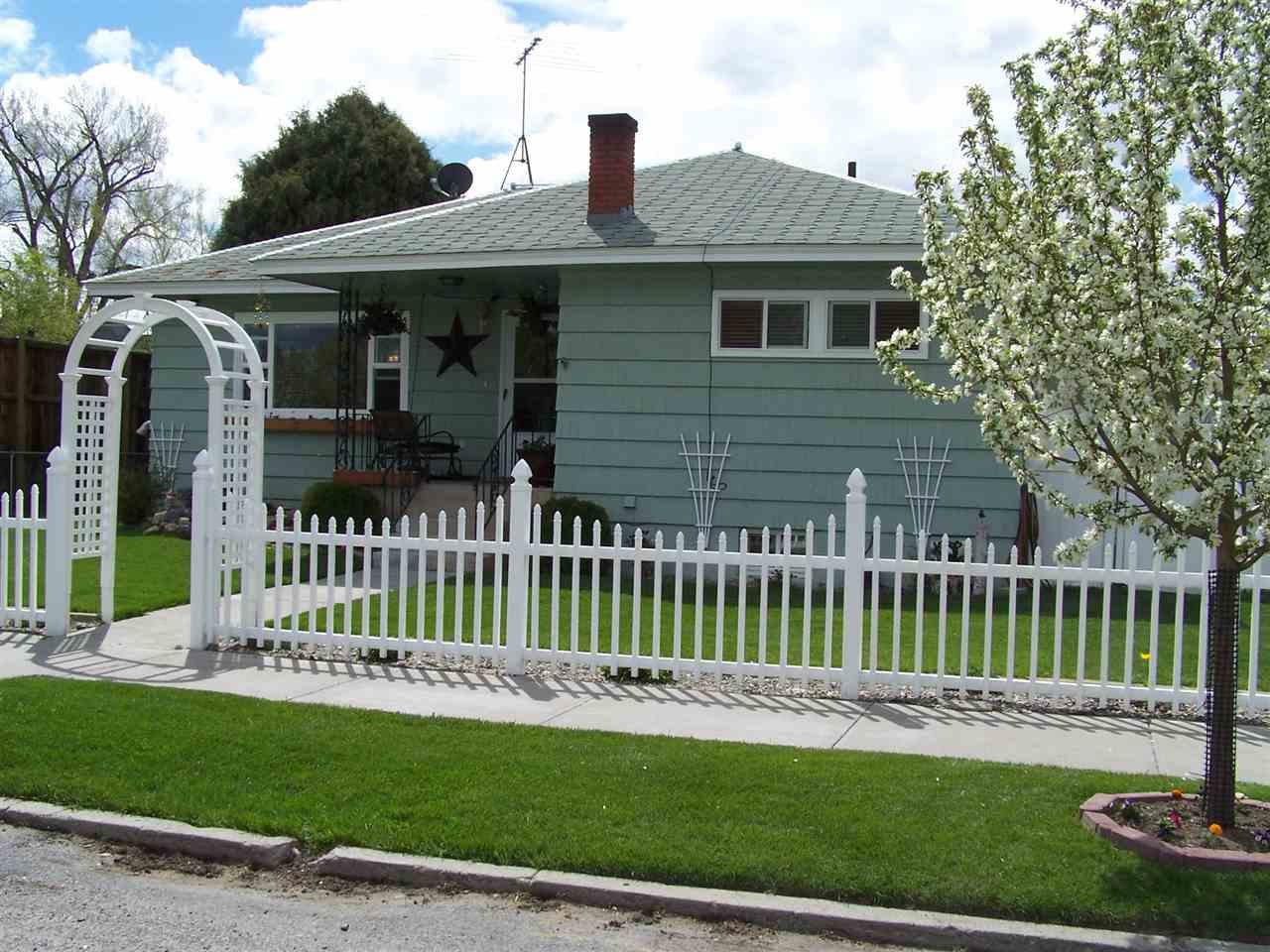 210 S Oak St, Townsend, MT 59644