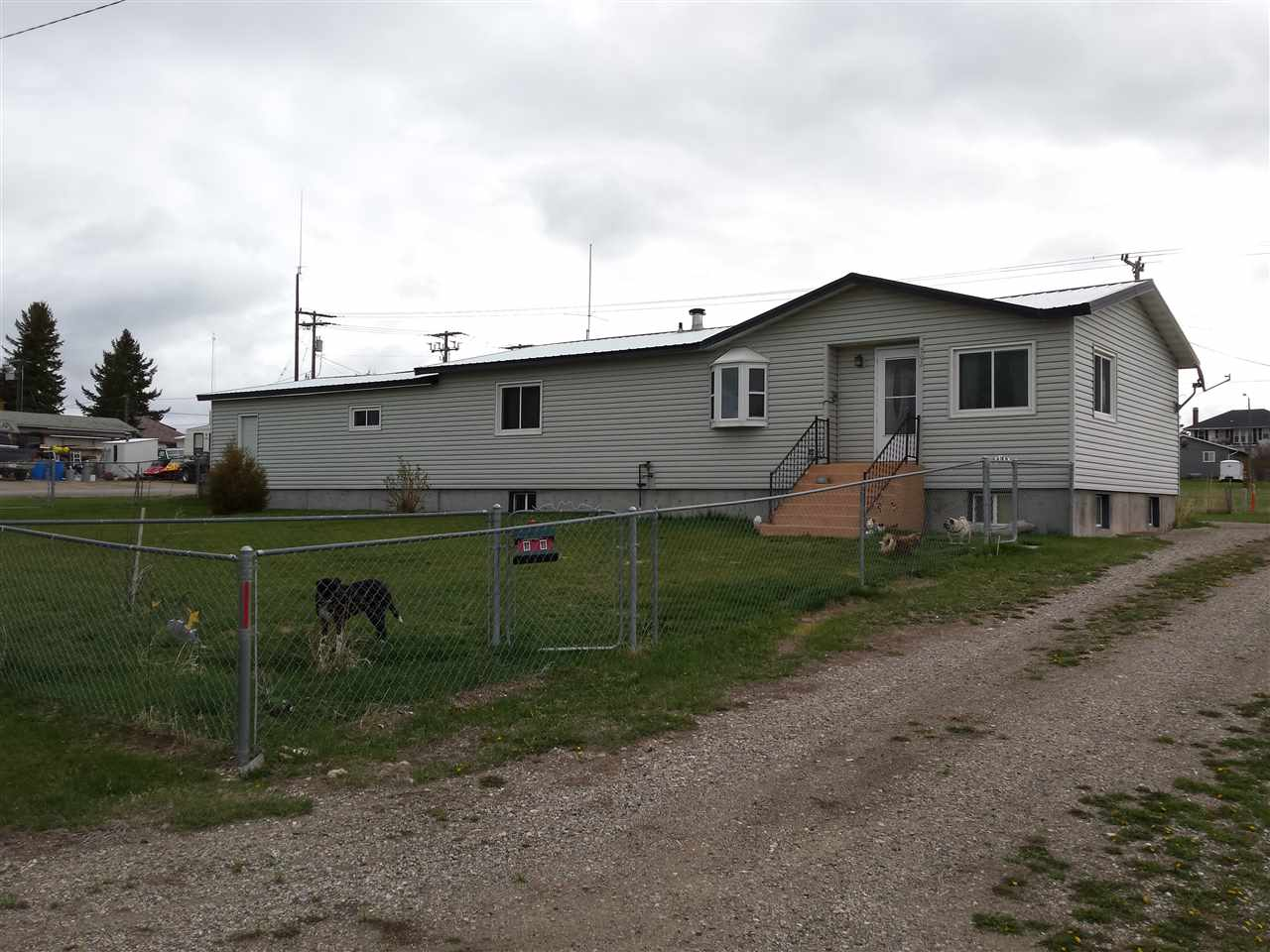 502 2nd Ave SE, White Sulphur Springs, MT 59645