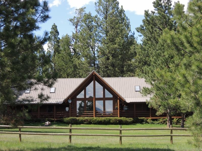 2532 Valley View Rd, Lincoln, MT 59639