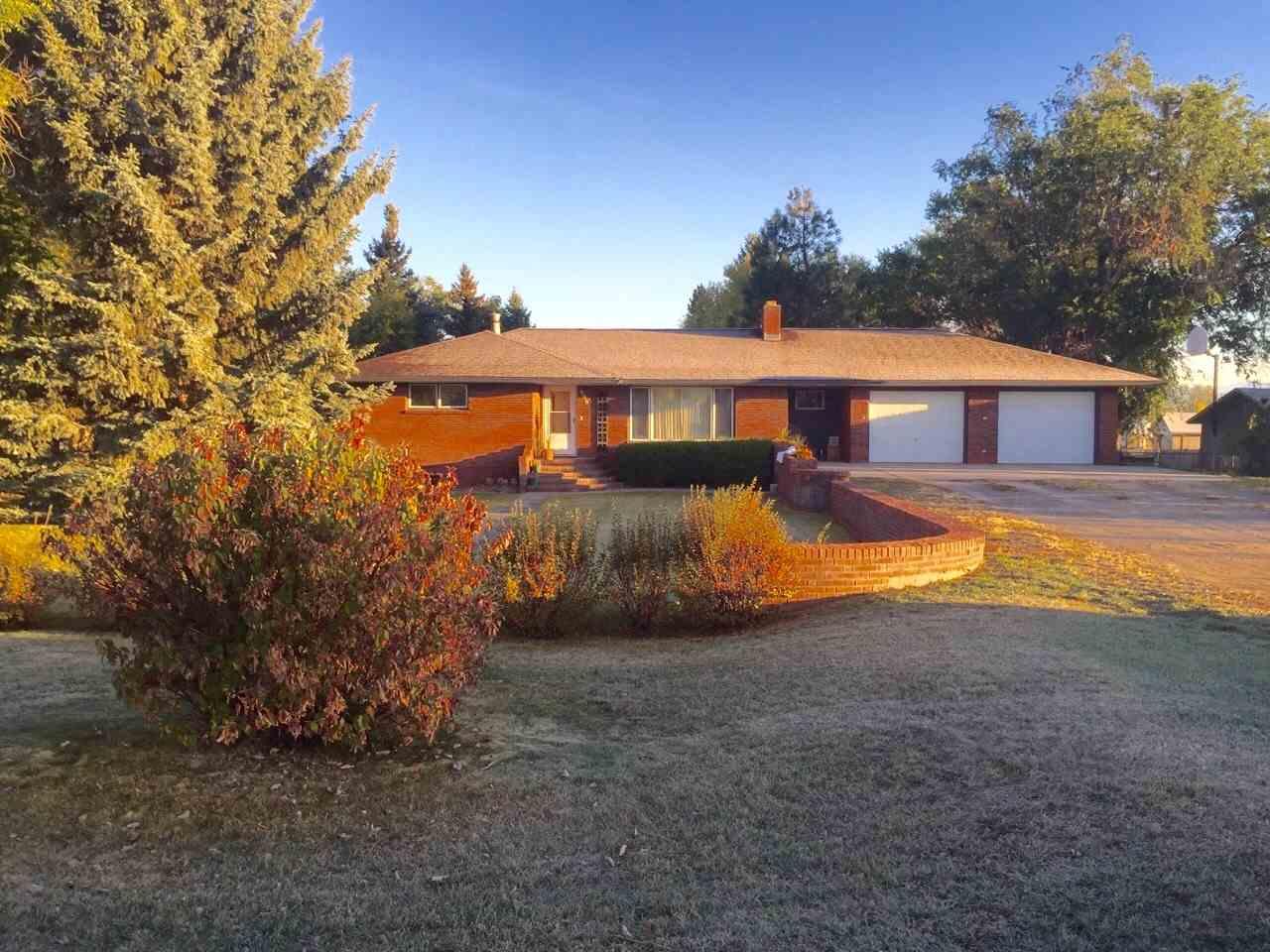 990 Mill Rd, Helena, MT 59602