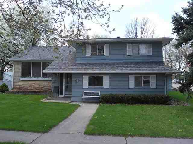 1245 N Webster Ave, Hastings, NE 68901