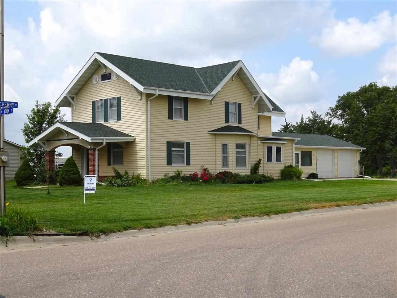 Real Estate for Sale, ListingId: 29417229, Blue Hill,NE68930