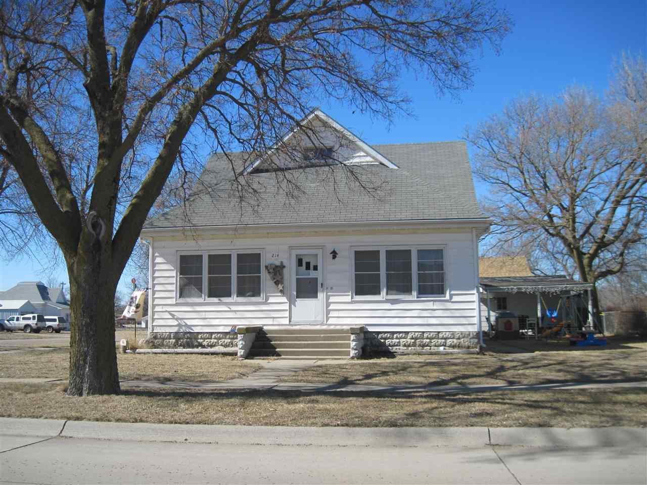 Real Estate for Sale, ListingId: 31890745, Blue Hill,NE68930