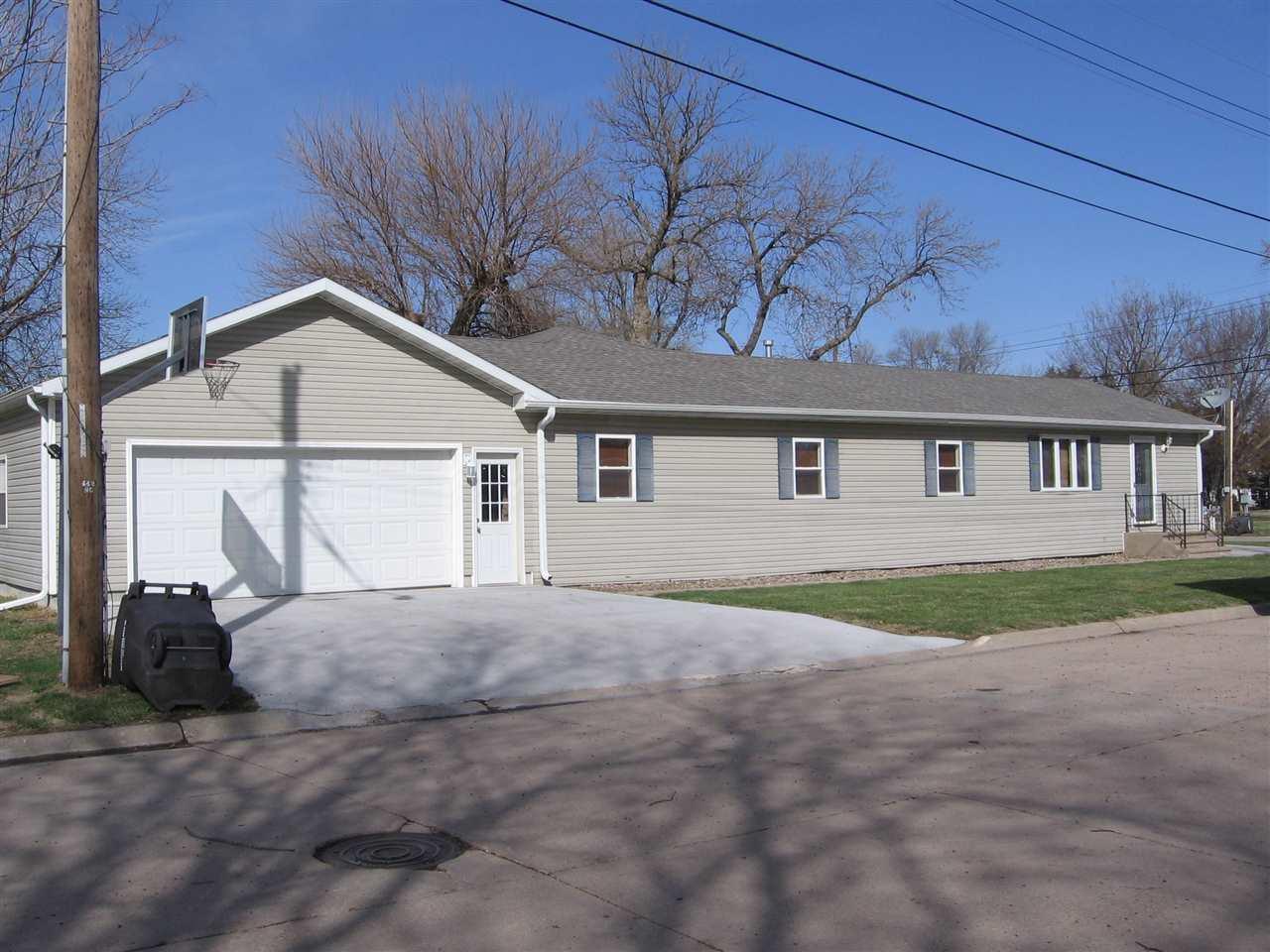 Real Estate for Sale, ListingId: 32589745, Clay Center,NE68933