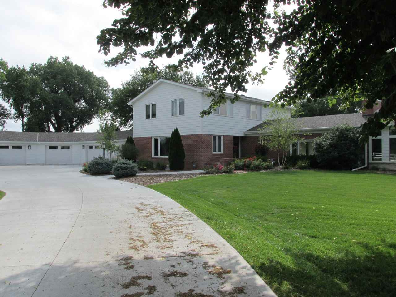 Real Estate for Sale, ListingId: 35727230, Hastings,NE68901
