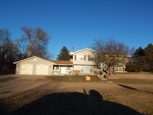 30551 Road C, Glenvil, NE 68941
