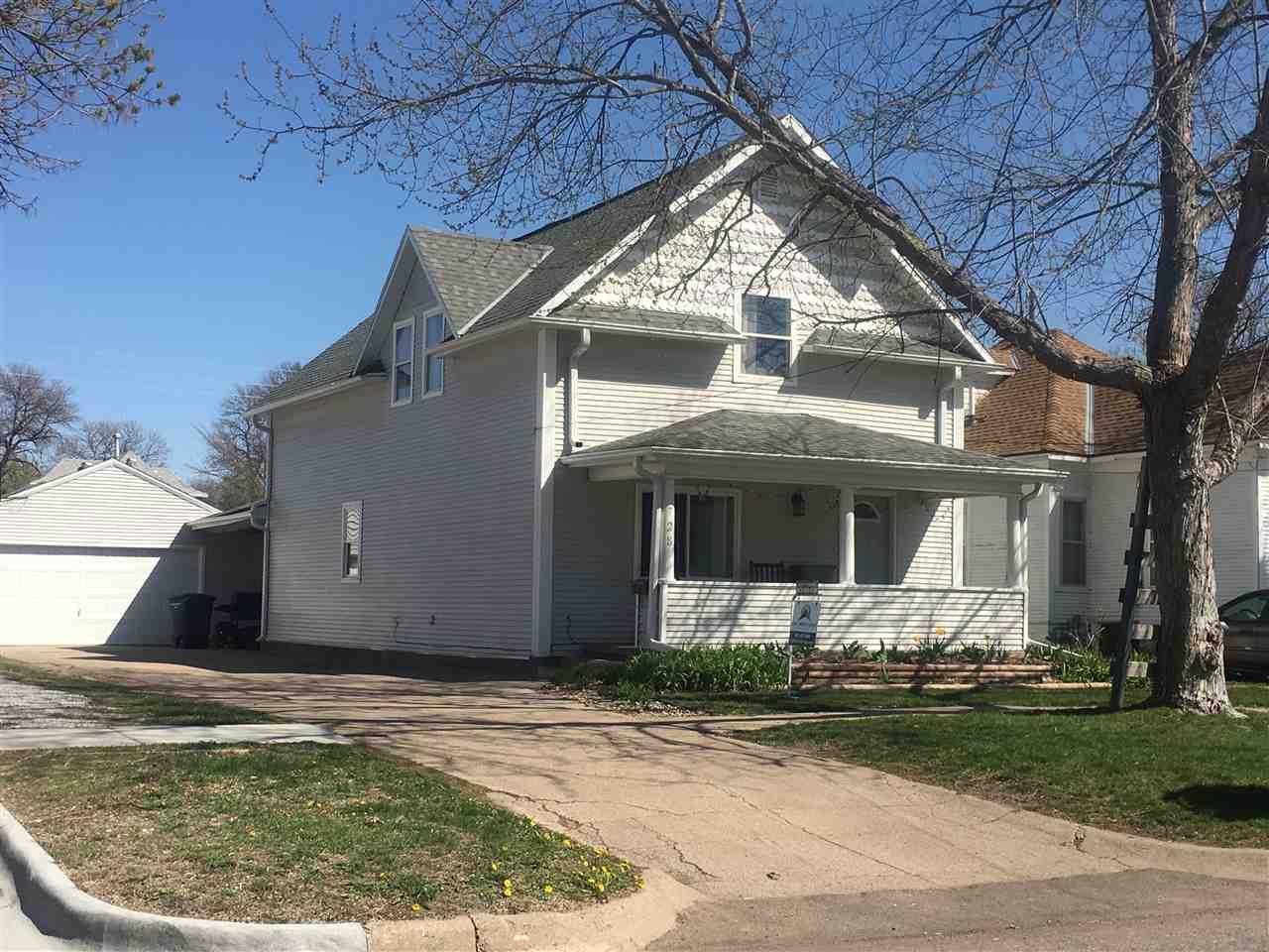 728 N Colorado Ave, Hastings, NE 68901