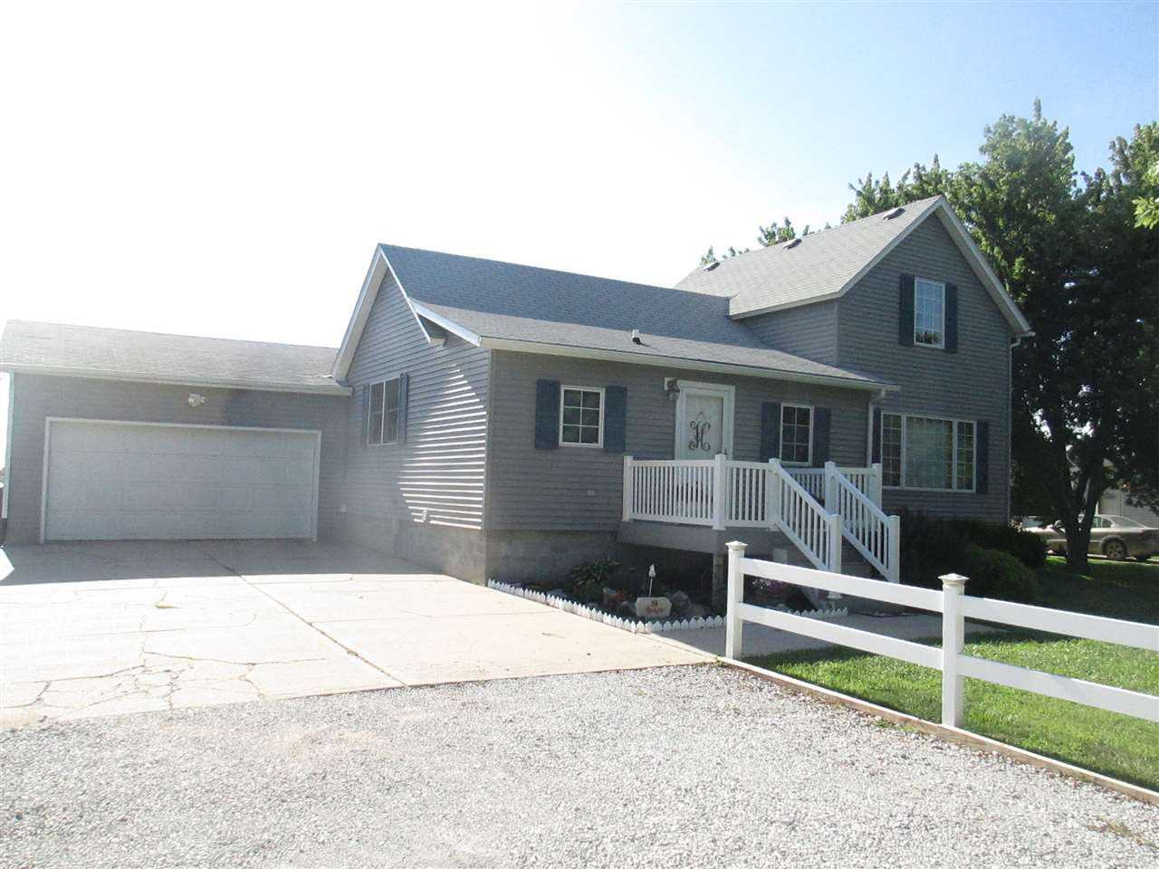 Photo of 108 Campbell Ave  Doniphan  NE