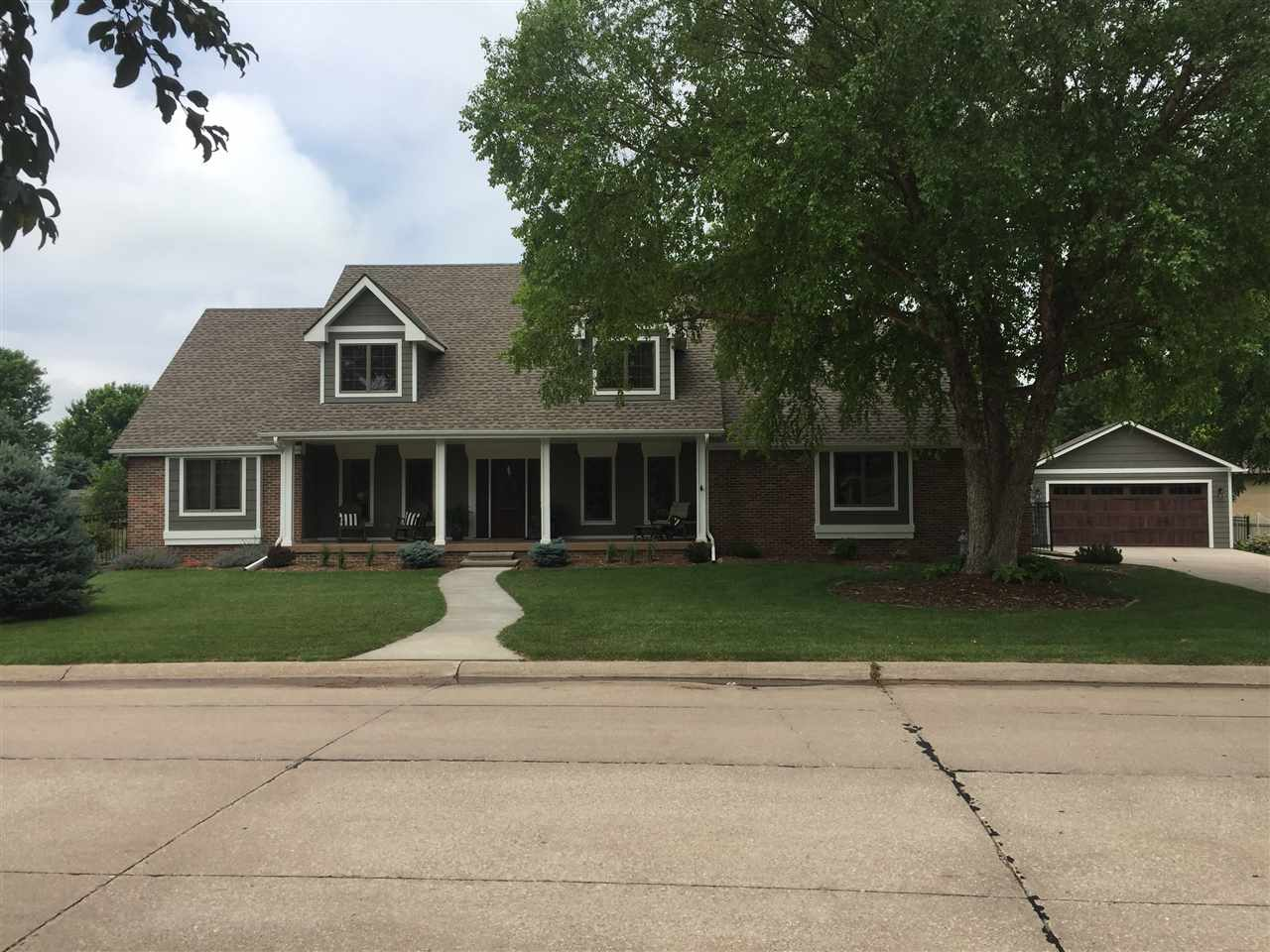 1325 Highland Drive, Hastings, Nebraska